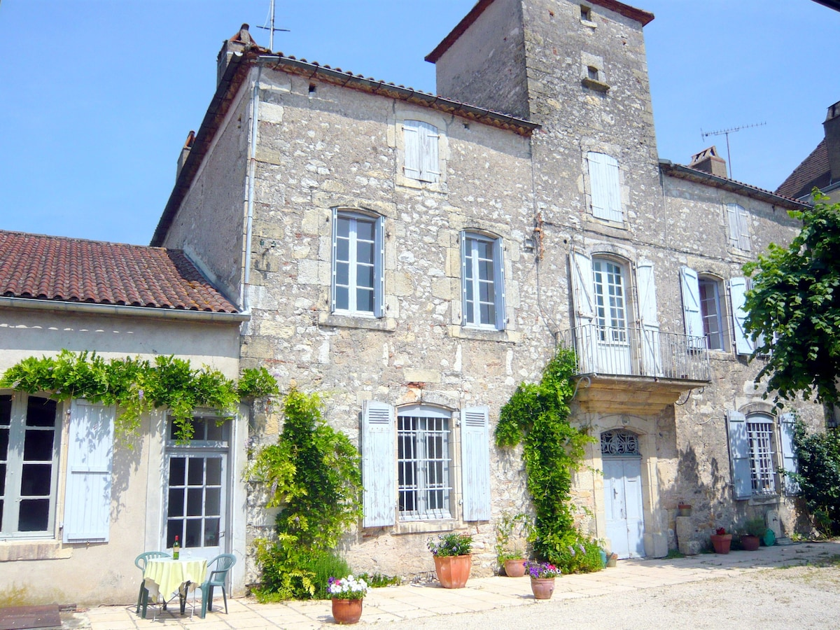 Maison Delmas in the Lot Valley