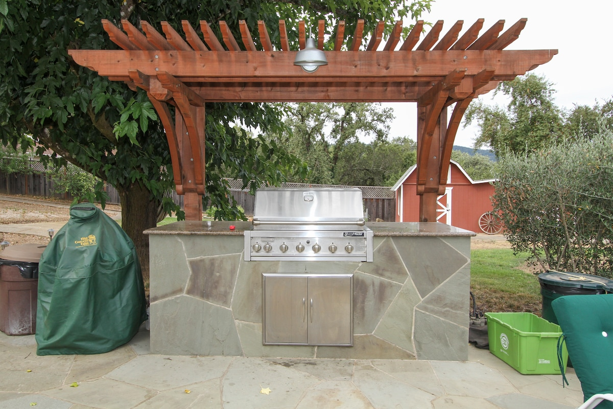 Enjoy an outdoor dinner from the master grill.