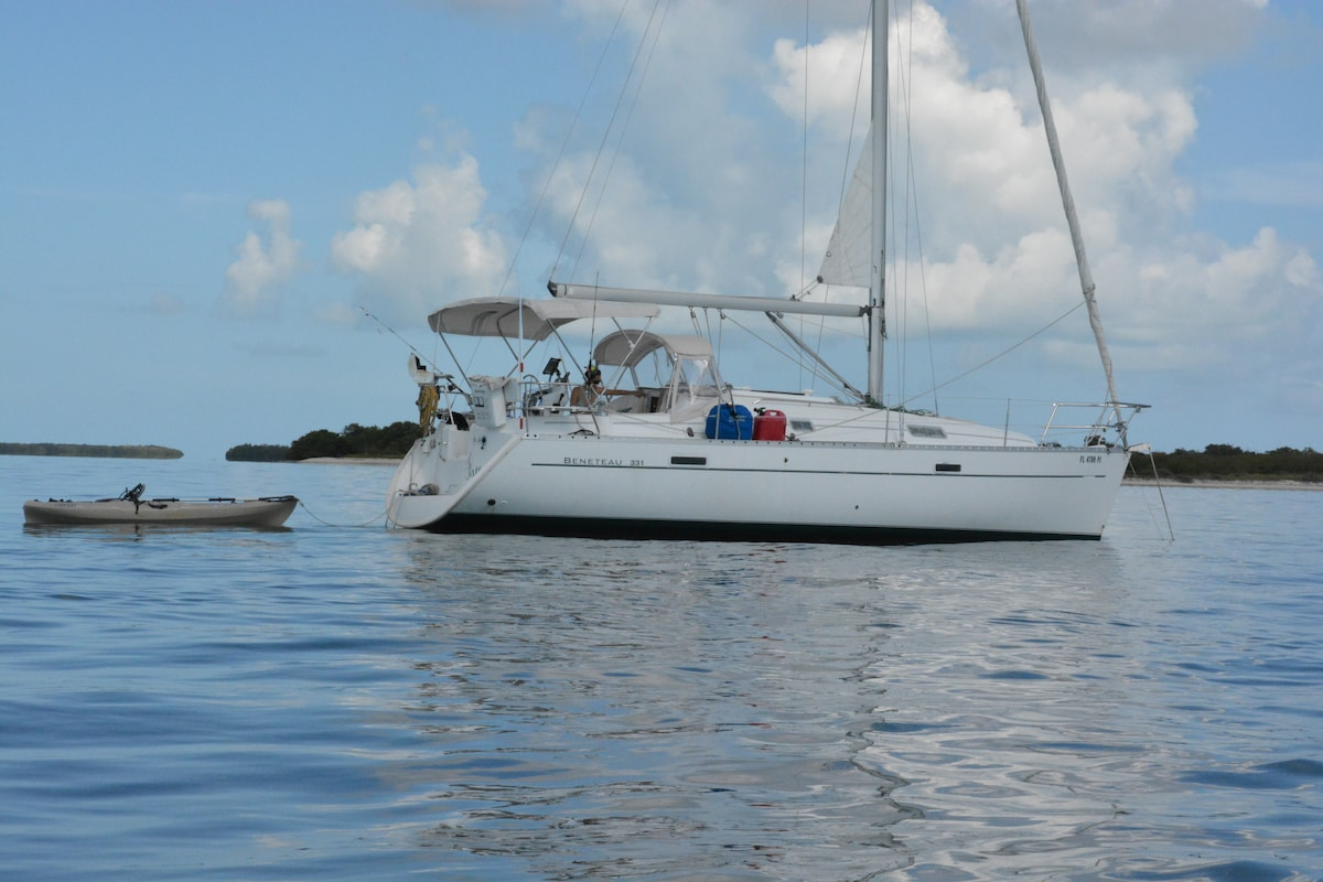 Charter a Sailboat in Key West!