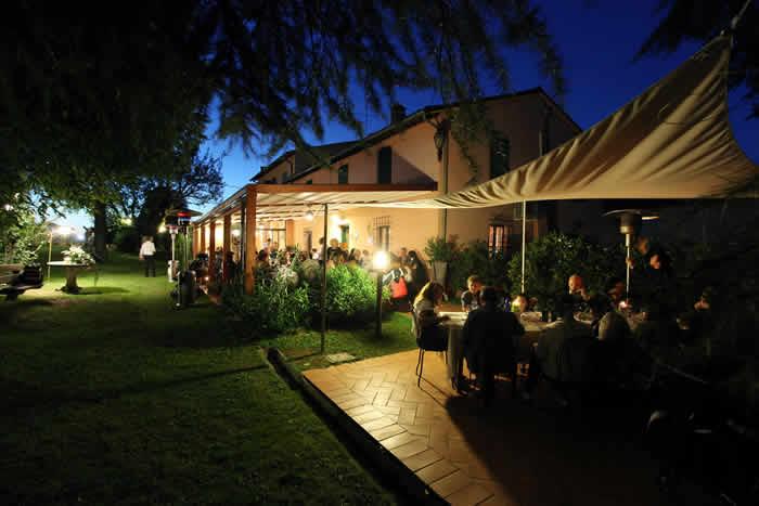 Vista ristorante e parco