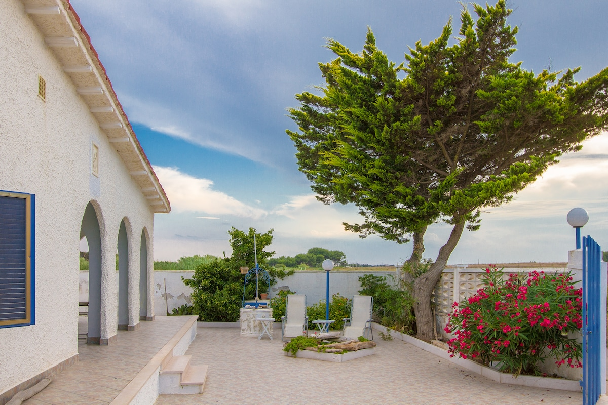 RENT VILLA IN SALENTO NEAR THE SEA