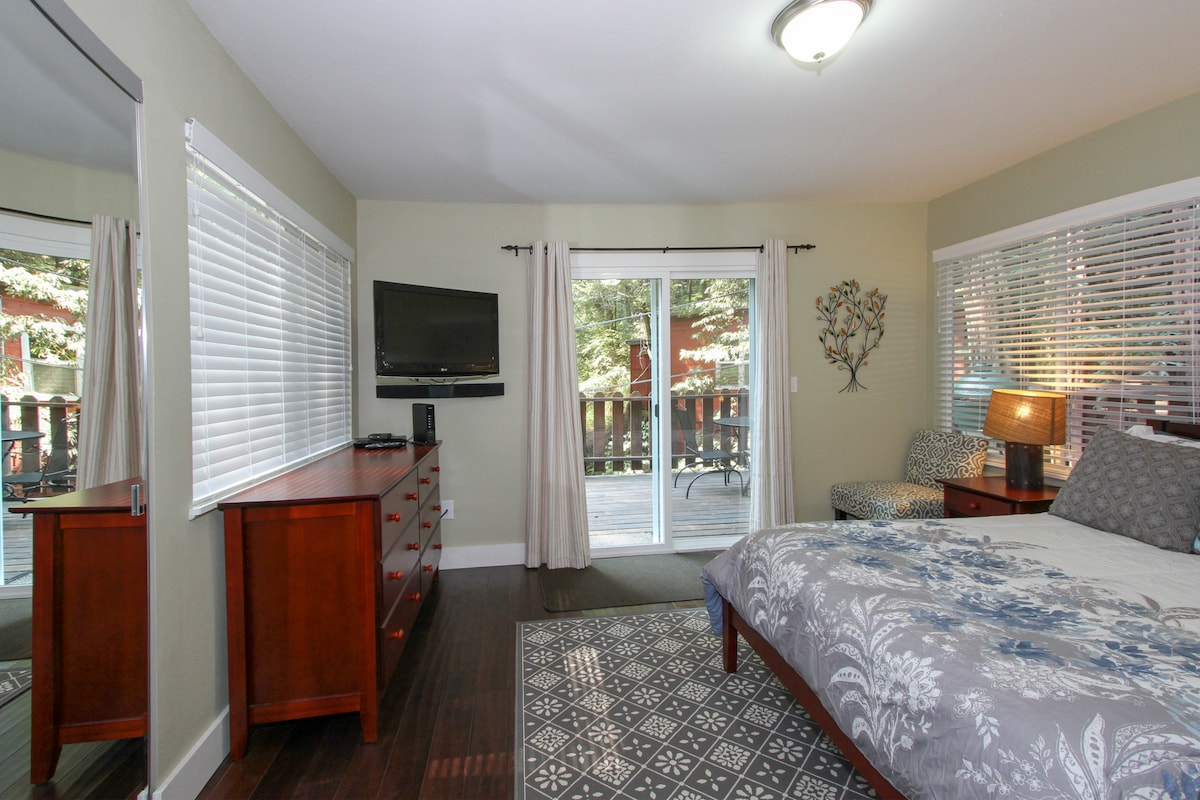 Both bedrooms are set up with TVs for your enjoyment!
