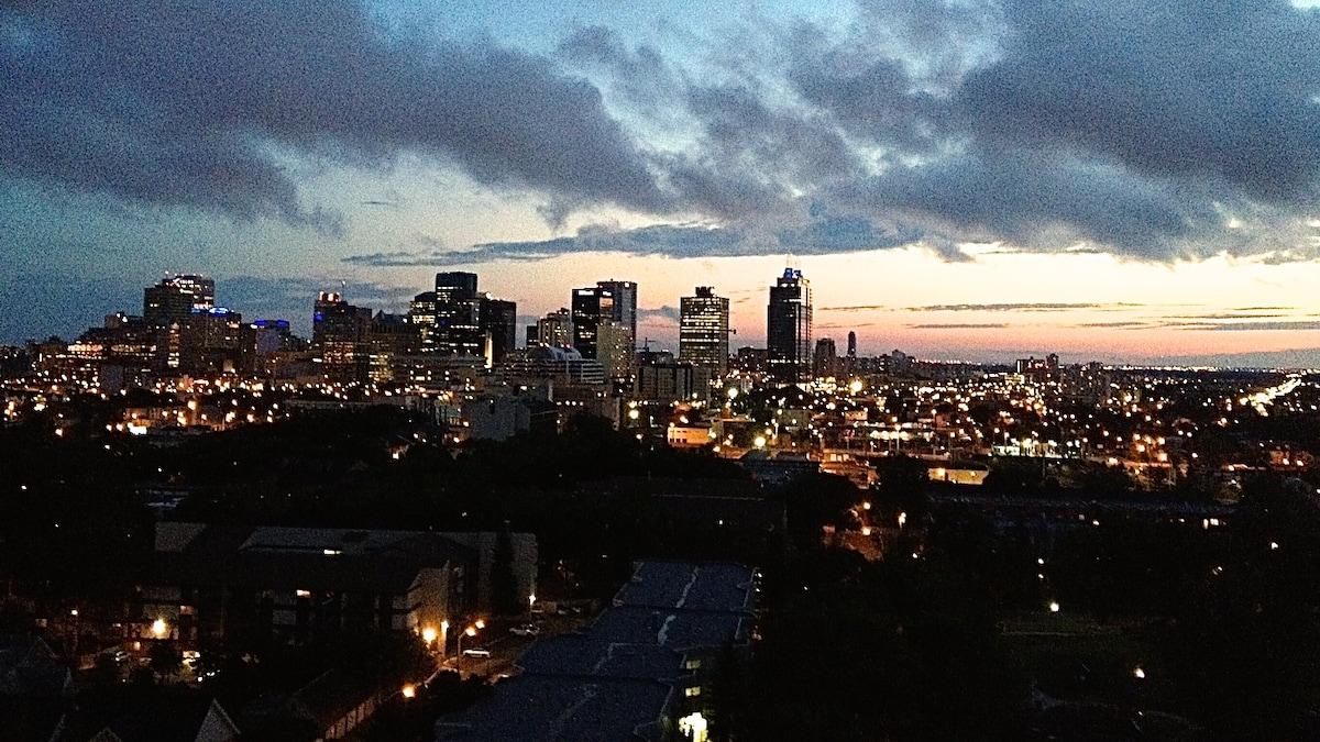 The Loft: Million$ View - Downtown