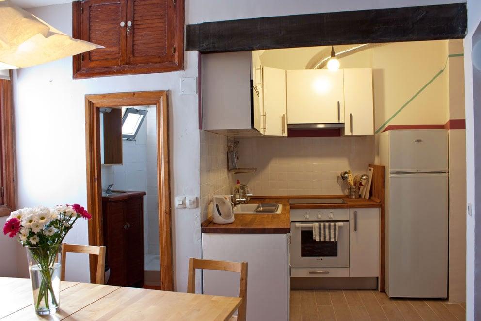 Kitchen & bathroom - cocina y baño