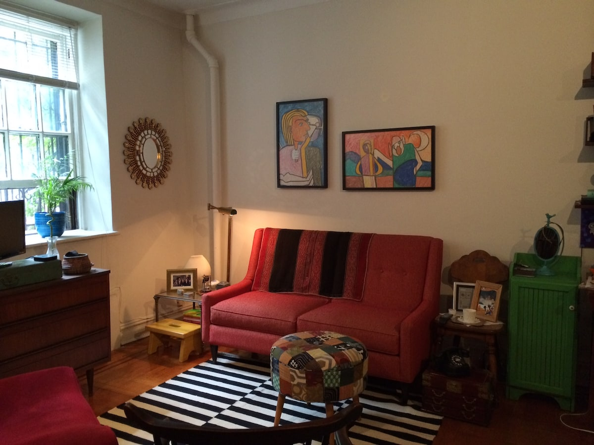 Brooklyn Heights Promenade Studio