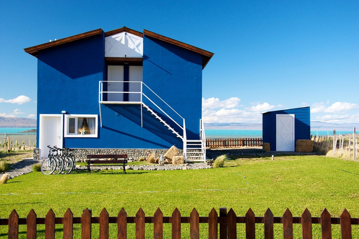 Casa Azul - Familia Patagónica B&B. A House. A Place. A Family.