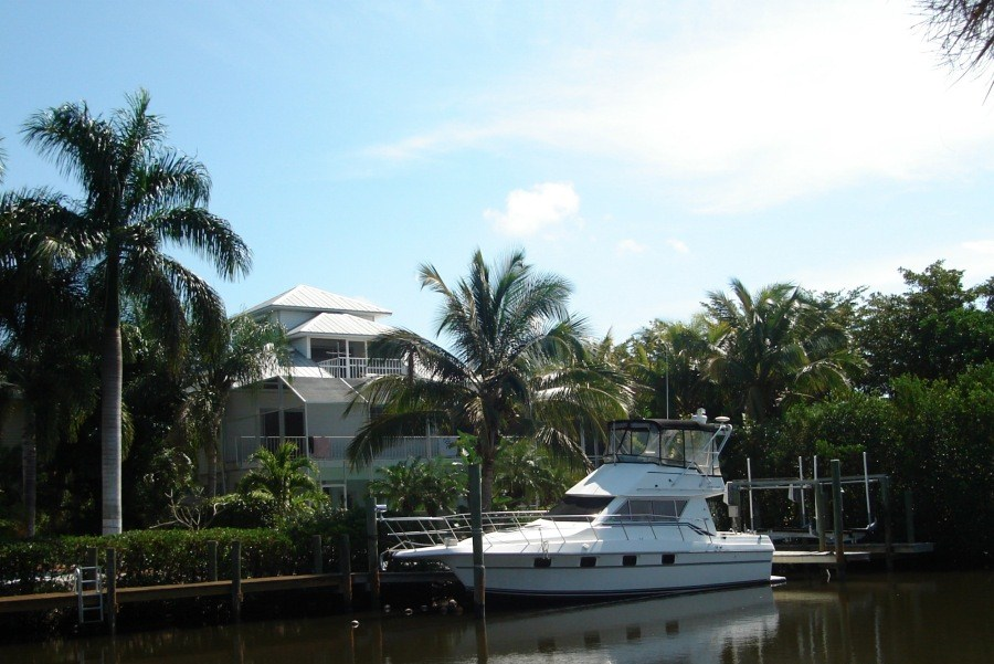 Your own private dock on the water at the Island Retreat!