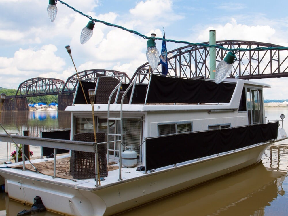 Houseboat Boho at Choderwood