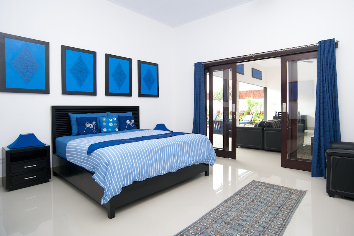 Luxury linen, sheet & bed
