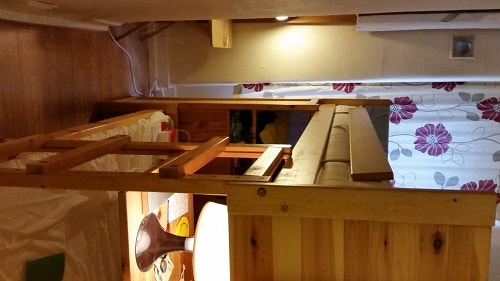 ..Bunk bed for2 good location Zone1