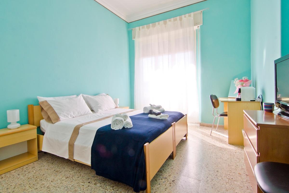 Tiffany room...lovely double room