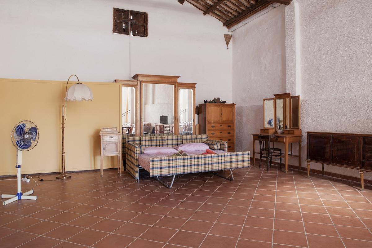 Amazing fully renovated cottage!