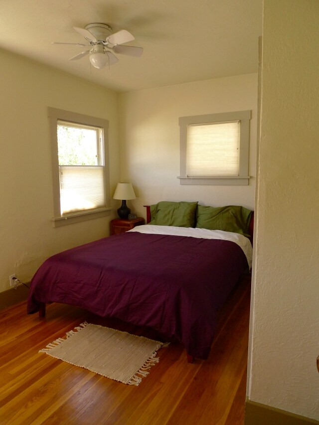 queen bed (with organic cotton linens) in the master bedroom (sleeps 2)