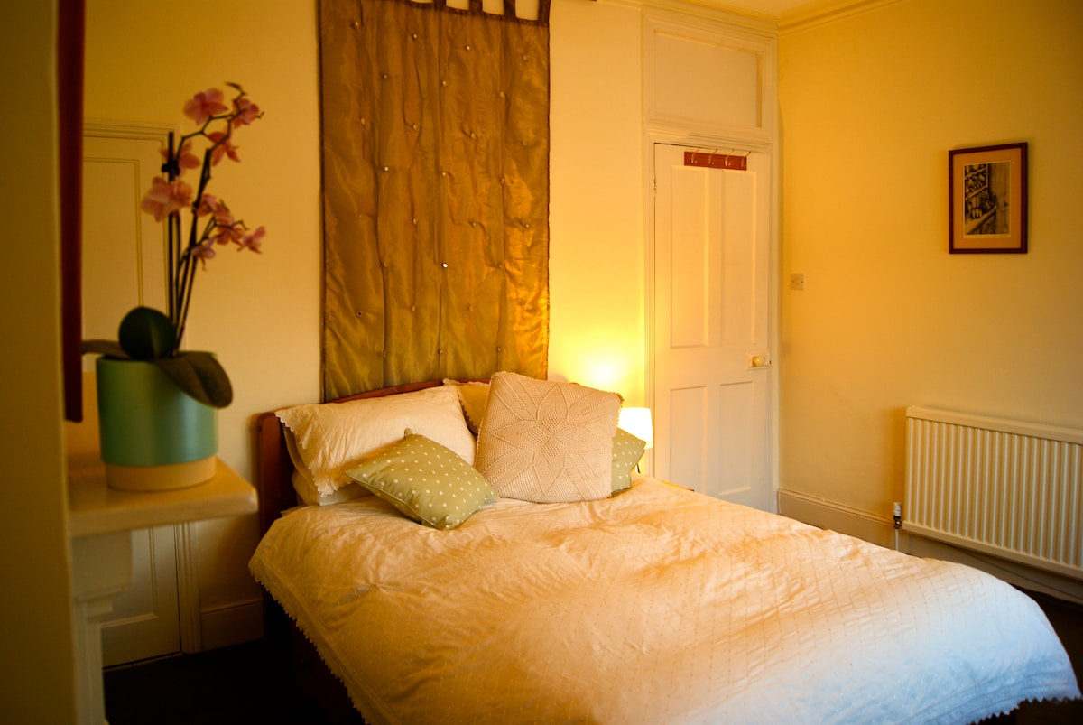 Light and Spacious Double Room