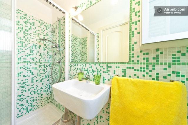 The bathroom - Il bagno