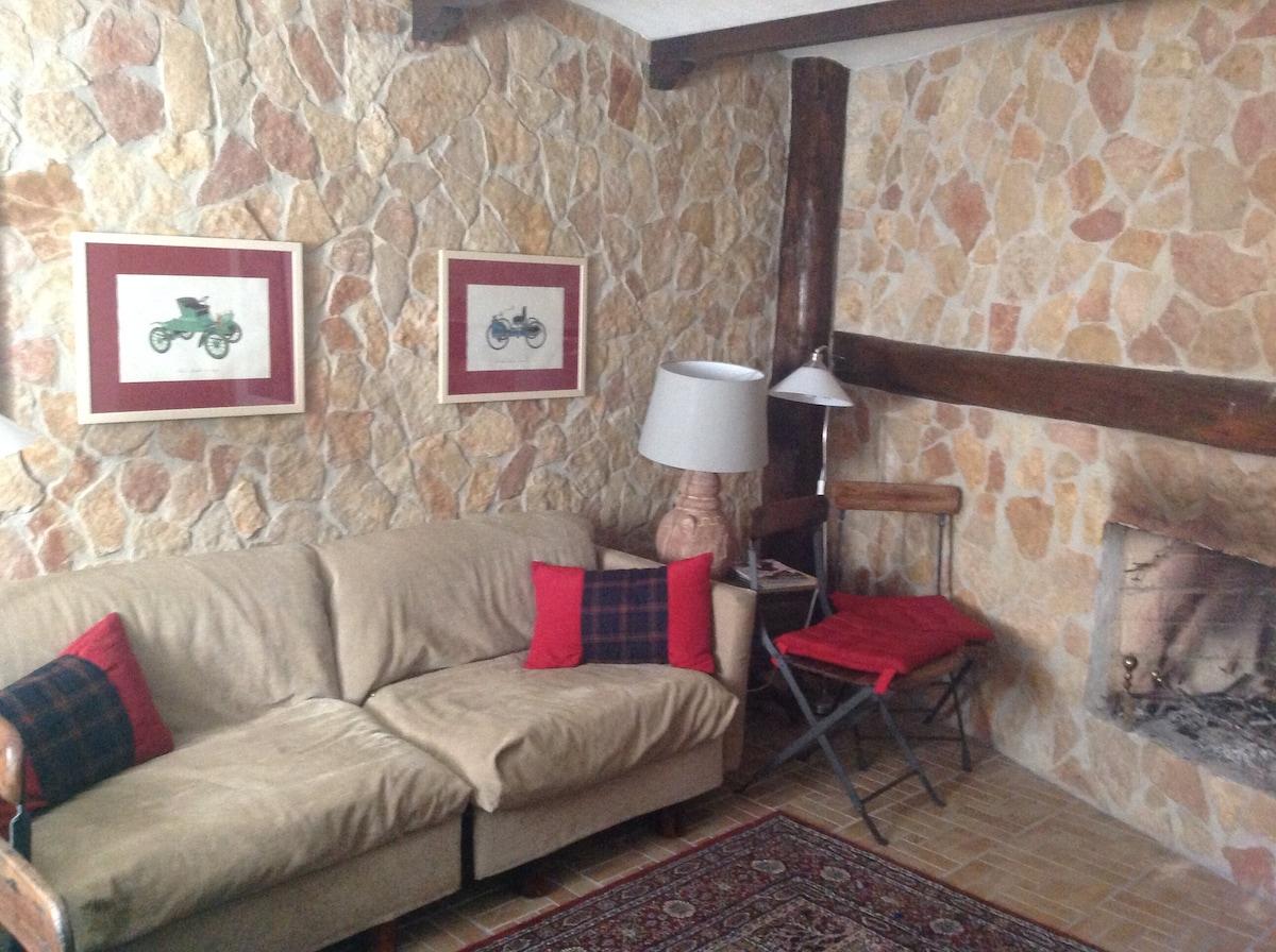 Lussuosa casa in pietra a roccaraso