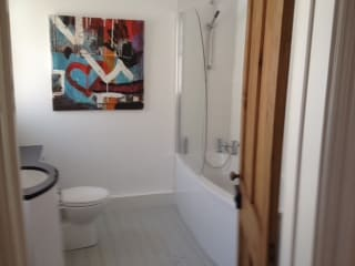 TWIN/TRIPLE or DOUBLE with En-Suite