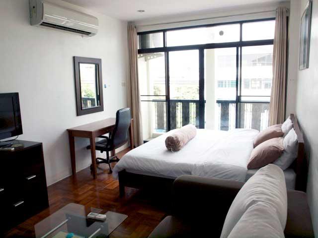 B.Bangkok Fab Looking Studio 301