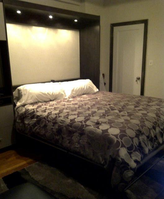 King size murphy bed - very plush high end mattress