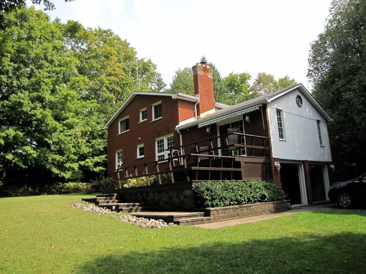 18 acre B&B Retreat