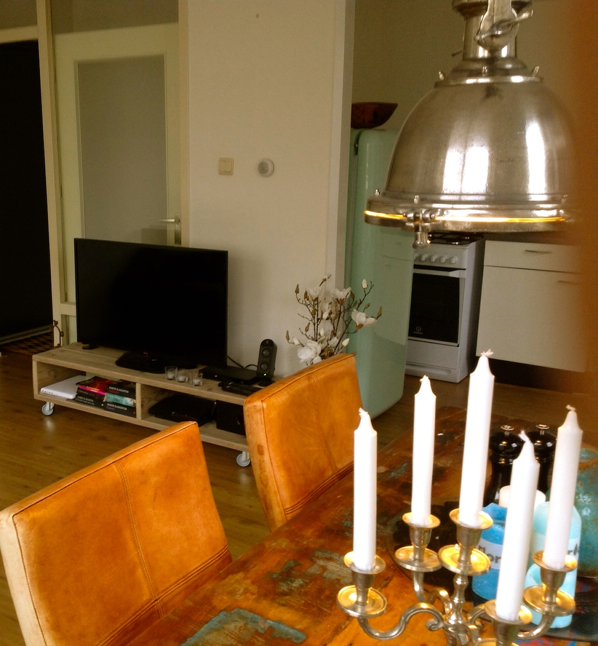 Large lovely apartment city centre!