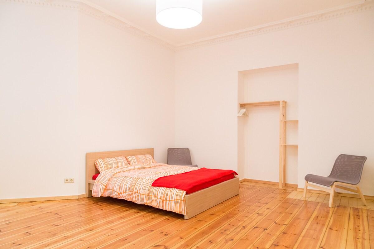 Classy flat near Alexanderplatz