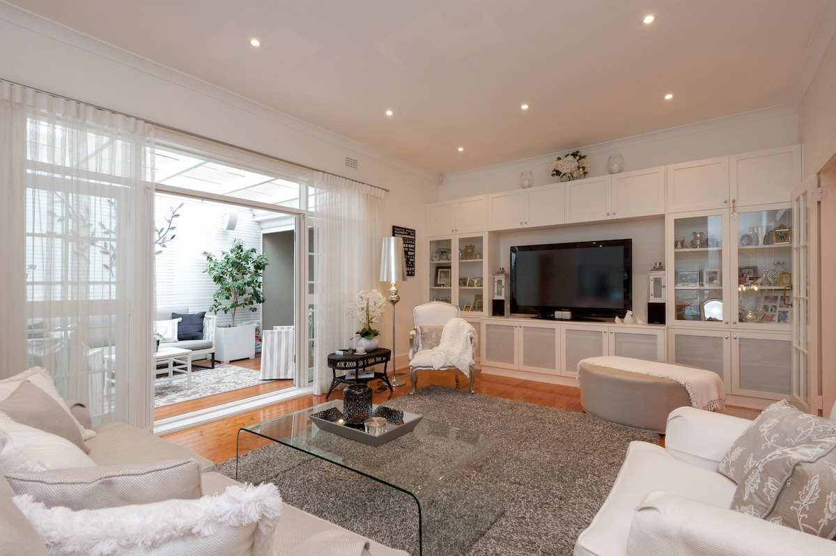 Beautiful Home in sort after Suburb