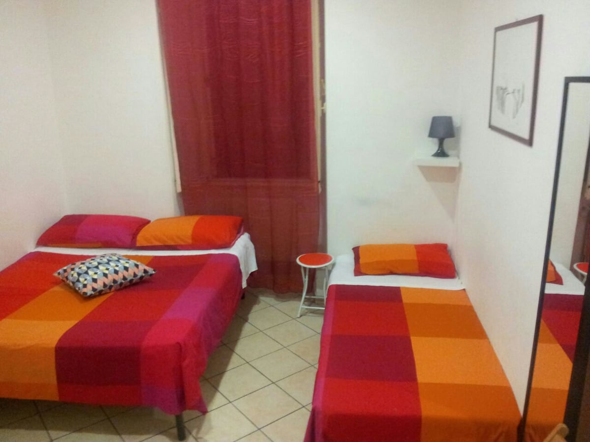 Room in the Center of Rome - Monti