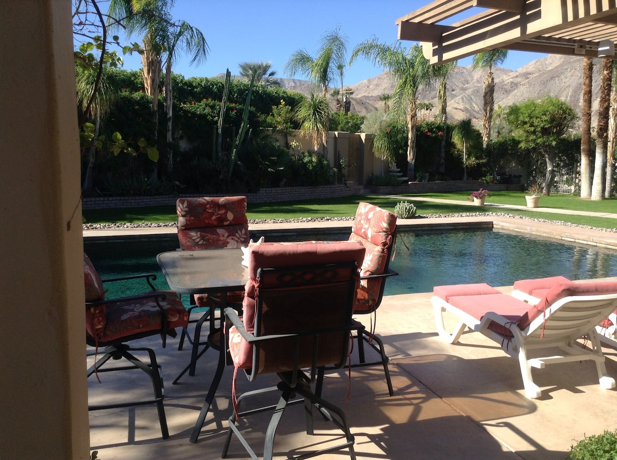 $100 Poolside 2 Room Suite w/ View