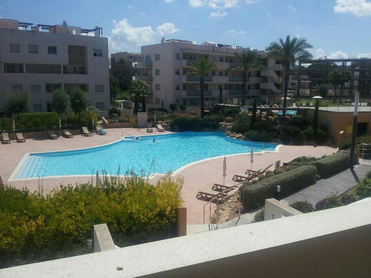 Habitacion doblecon piscina y playa