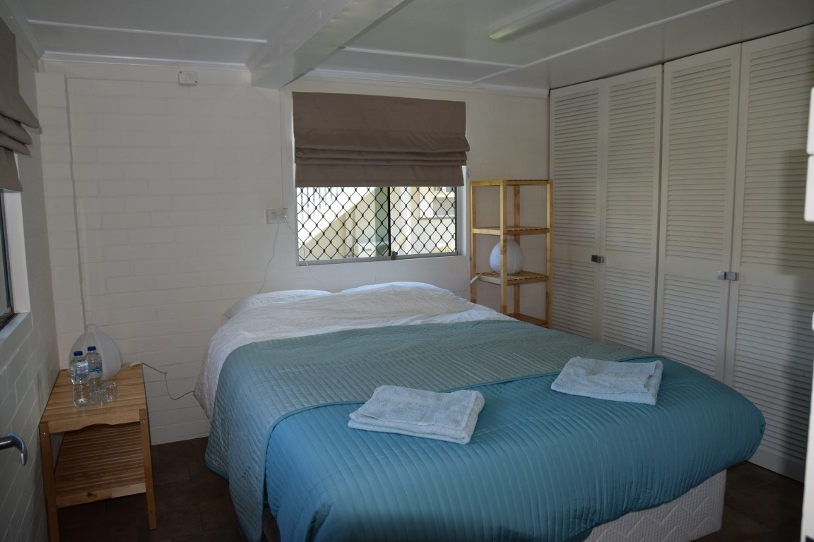 Comfortable room in lively Bulimba