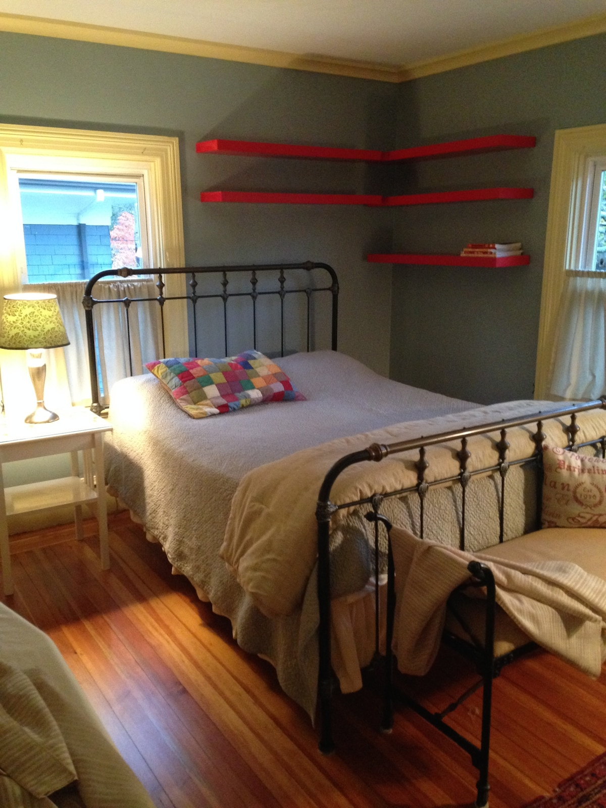 Eastside Providence home with large bedroom