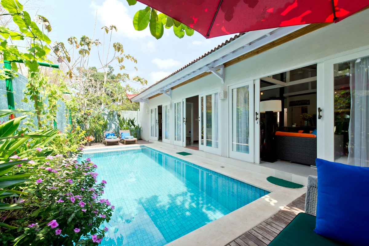 overlooking the pool from corner