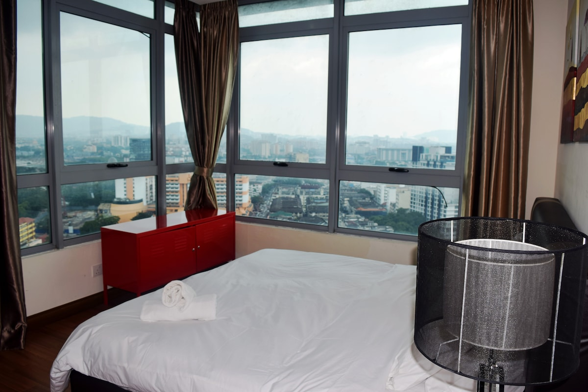 2BR Deluxe2 next to Furama Hotel