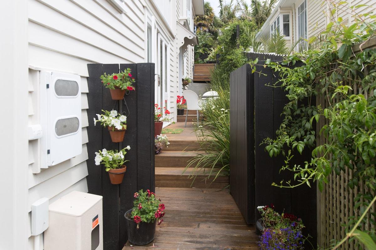 Stylish Ponsonby area apartment