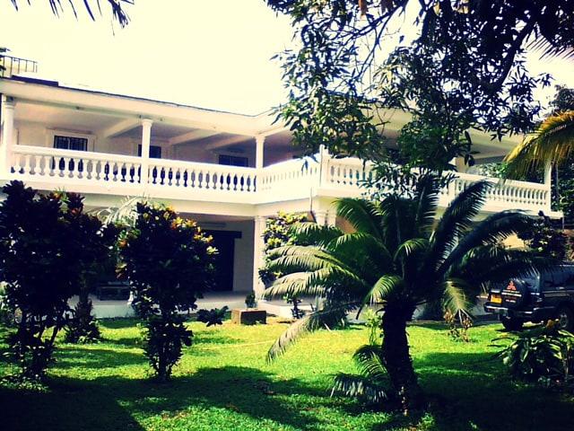 Villa Douala