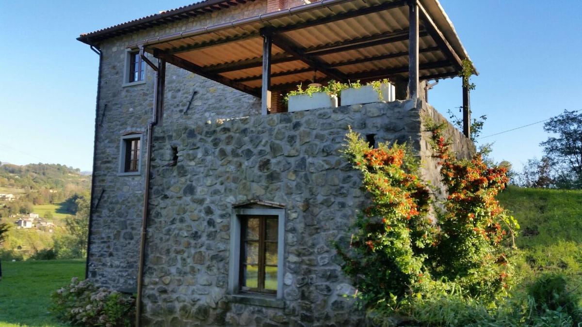 Романтичный домик в сердце Тосканы
