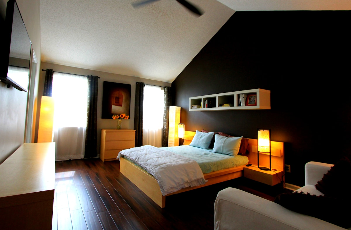 Master Suite in Southern Home
