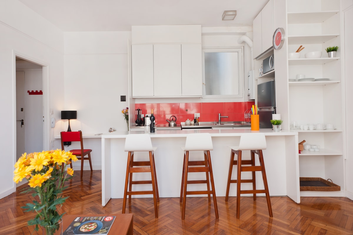 Great Vintage Apartment in Recoleta