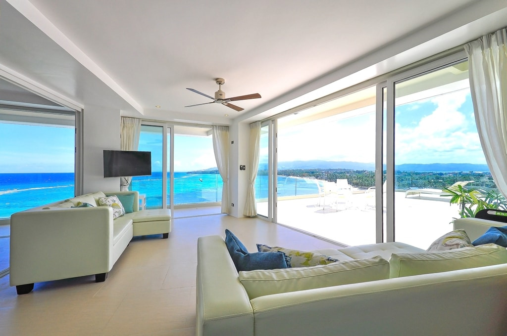 30% off July: Oceanview Penthouse