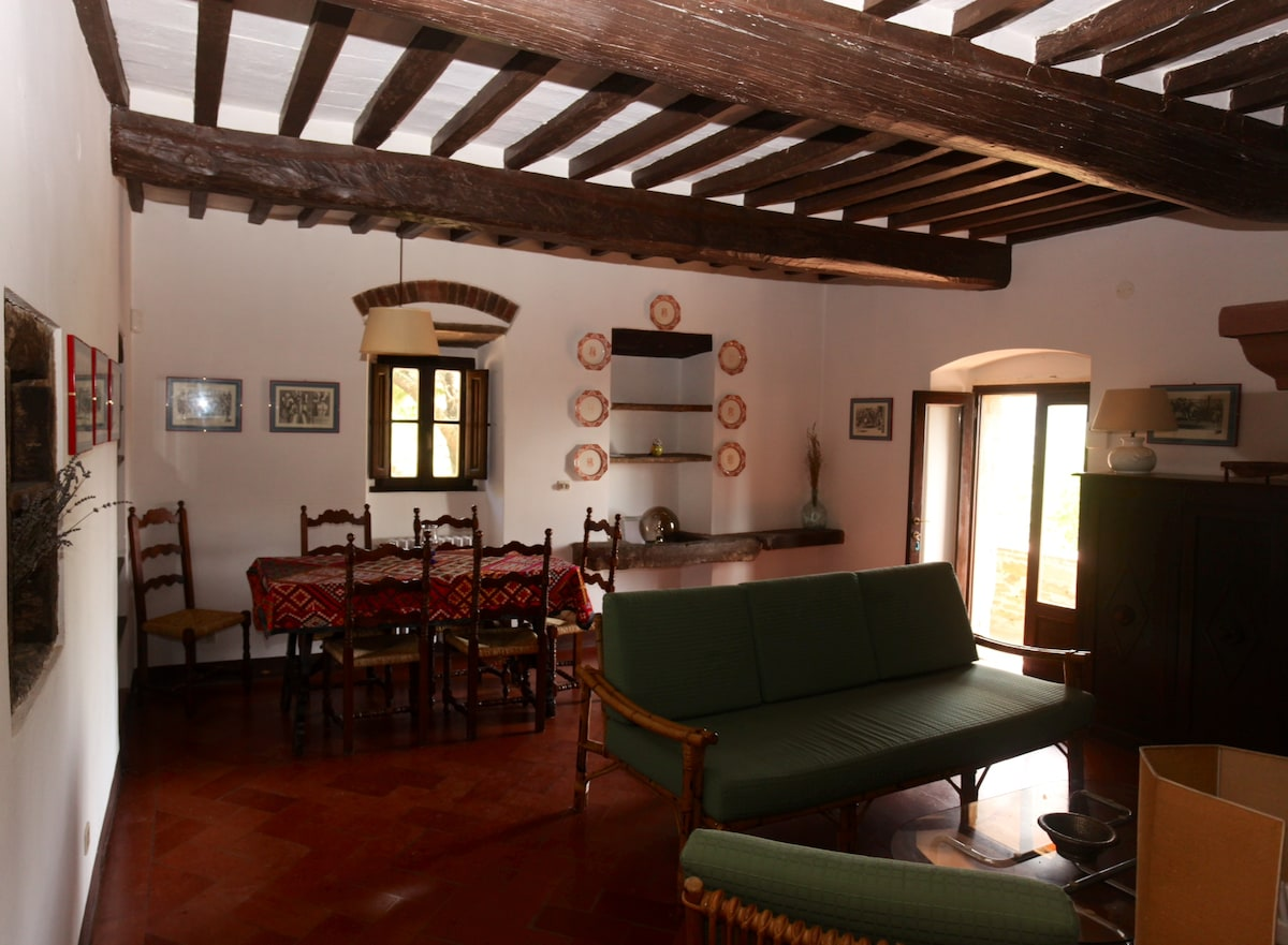 Holiday in Ancient Farmhouse LOGGIA