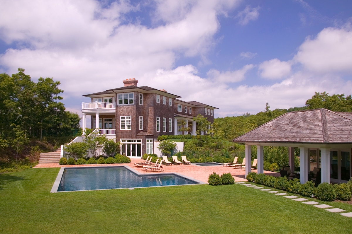 Beautiful house, stunning views