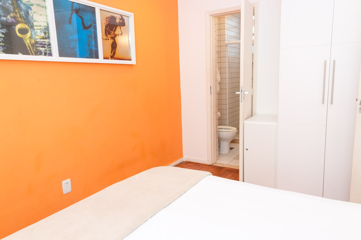COZY ONE BEDROOM IN IPANEMA BEACH