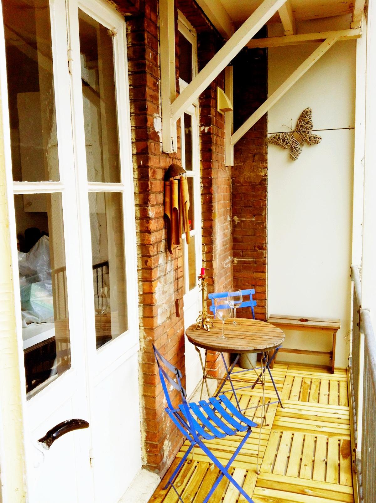 Comfortable sunny balkony...