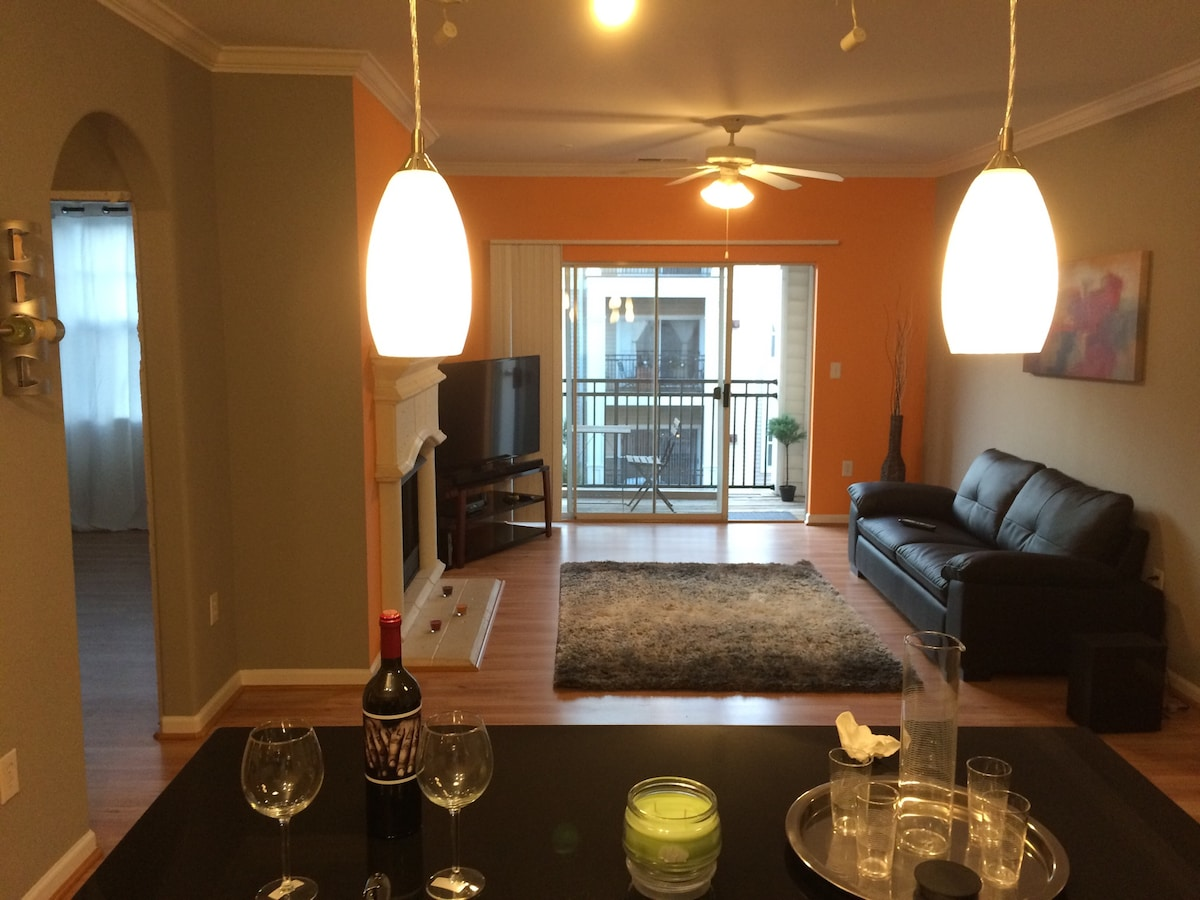 Furnished 2 bed/2 bath with Balcony