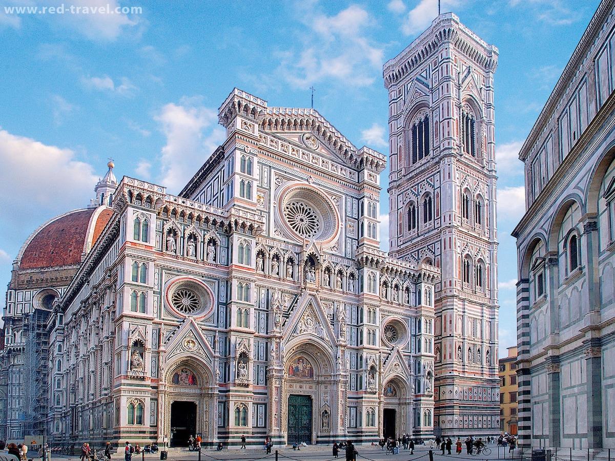 FRANCI  bilocale in piazza Duomo