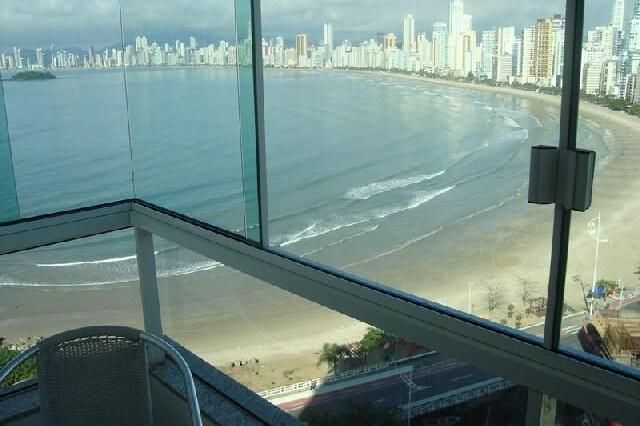 Apartamento novo, vista para o mar