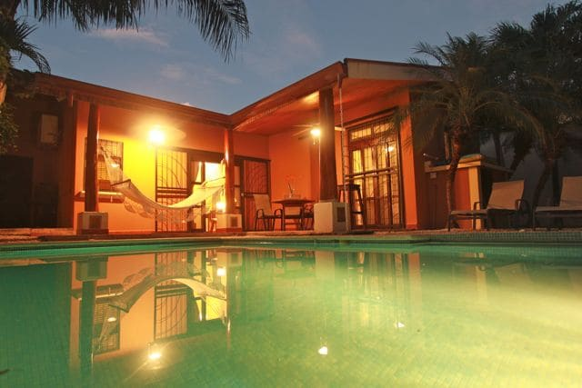 CASA TROPICAL-HOUSE WITH POOL