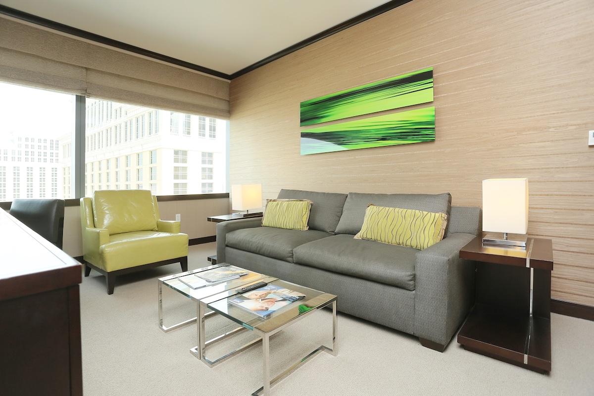 Living space, pull-out sofa-bed