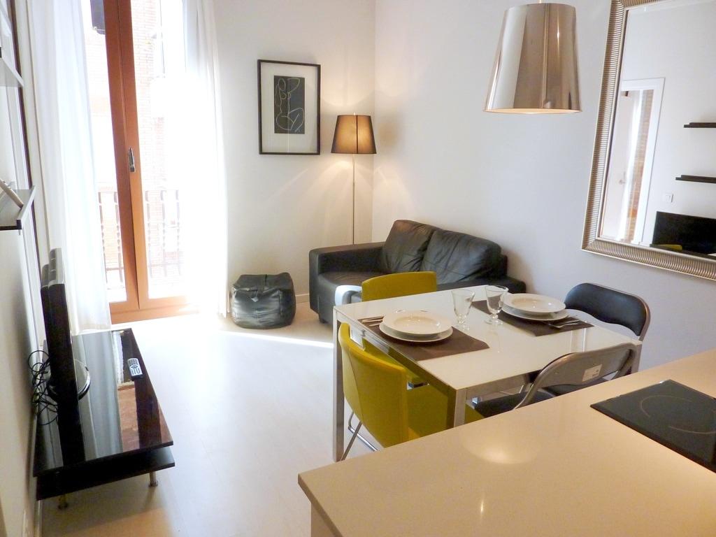 Two-Bedroom Apartment (GRACIA)